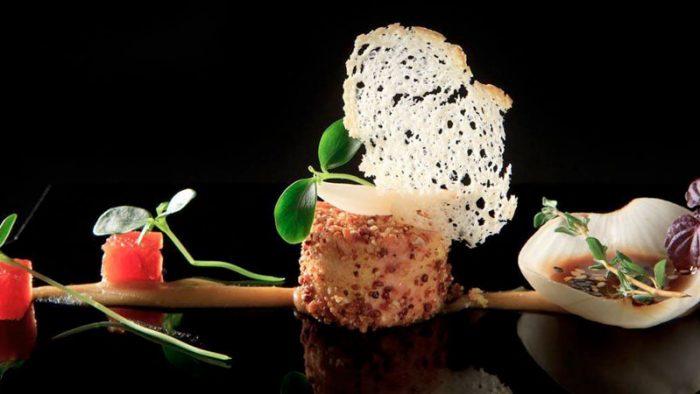 Plato del restaurante de Carlos Oyarbide que demuestra que la gastronomía está de moda